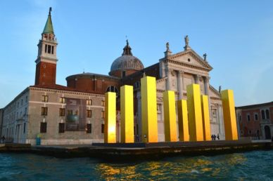 'The Sky Over Nine Columns' sculpture in front of Palladio's Church