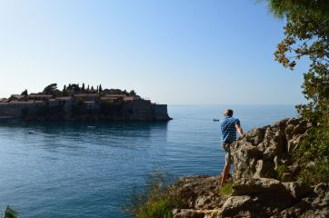 Getting a better look at Sveti Stefan....