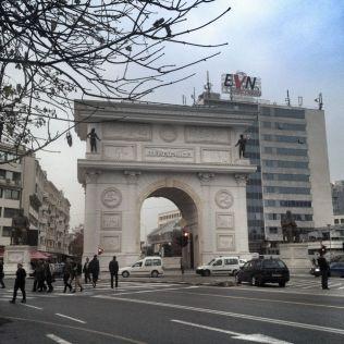 Porta Macedonia.